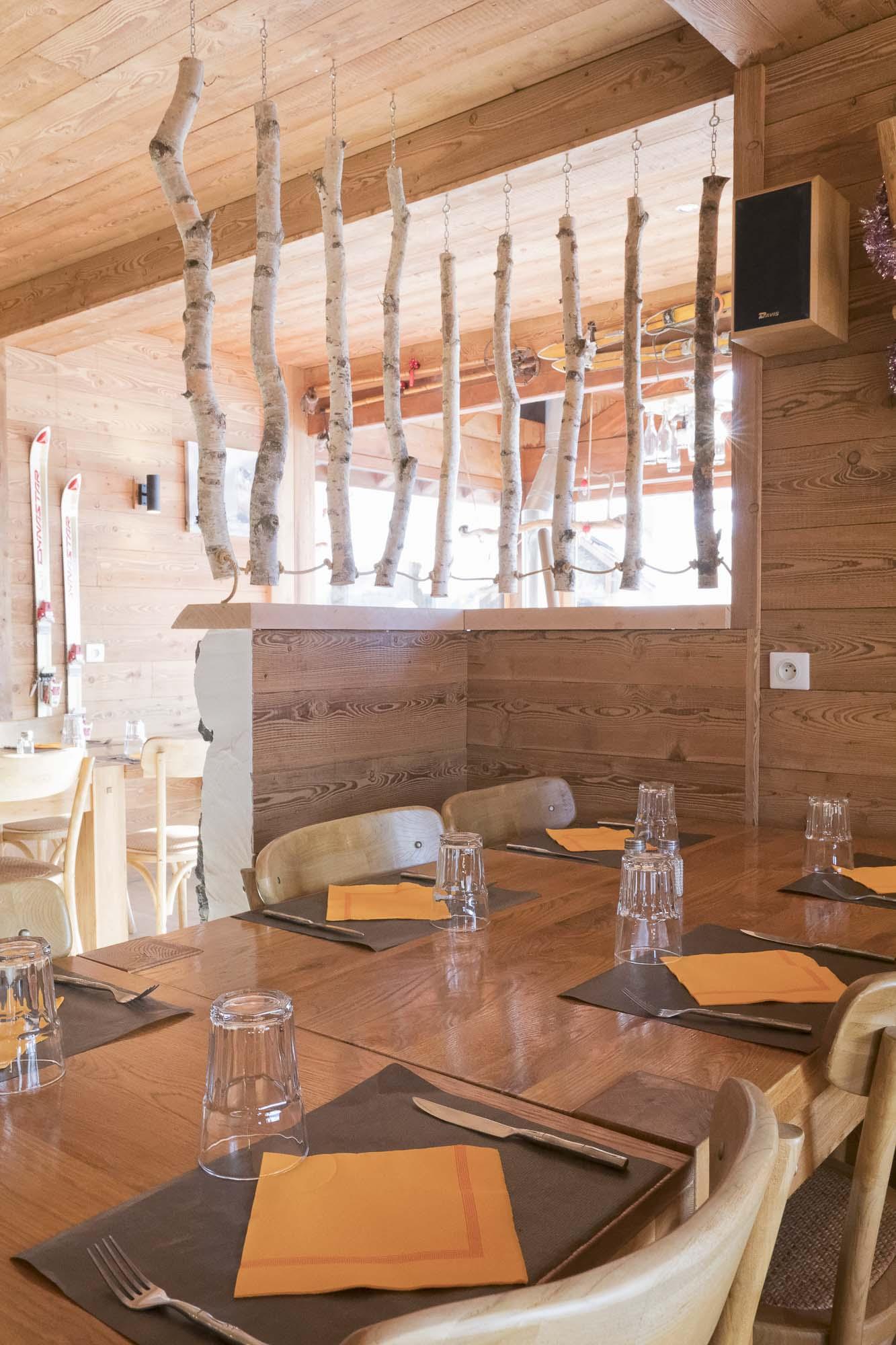 La table des Marmottes restaurant les ménuires-3