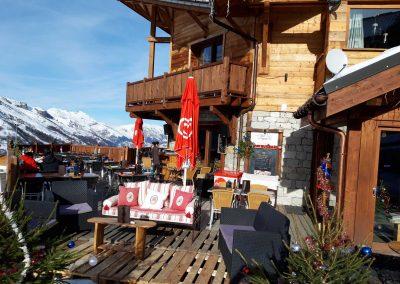 restaurant-table-marmottes-menuires-terrasse-2